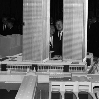 Minoru Yamasaki pristato WTC projektą